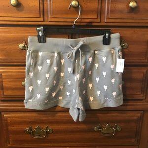 Disneyland Mickey/Minnie design ladies shorts